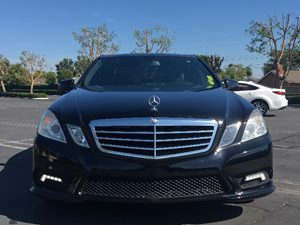 2011 MERCEDES E 350 E350 Luxury Carfax 1-Owner - No AccidentsDamage Reported  Black  We are n
