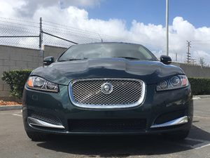 2013 Jaguar XF 30 Carfax 1-Owner - No AccidentsDamage Reported  British Racing Green See our