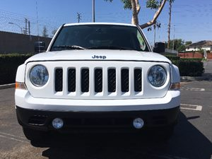 2015 Jeep Patriot Latitude Carfax 1-Owner - No AccidentsDamage Reported  Bright White Clearcoa