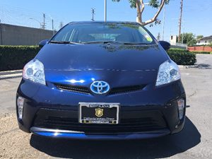 2014 Toyota Prius Three Carfax 1-Owner  Nautical Blue Metallic  We are not responsible for typ