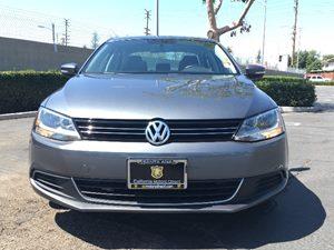 2014 Volkswagen Jetta Sedan SE PZEV Carfax 1-Owner  Platinum Gray Metallic  We are not respons