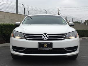 2014 Volkswagen Passat S PZEV Carfax 1-Owner - No AccidentsDamage Reported  Candy White  We a