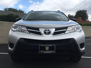 2014 Toyota RAV4 LE Carfax 1-Owner - No AccidentsDamage Reported  Classic Silver Metallic  We