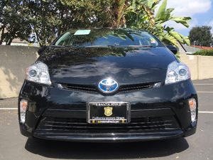 2015 Toyota Prius Three Carfax 1-Owner - No AccidentsDamage Reported  Black  We are not respo