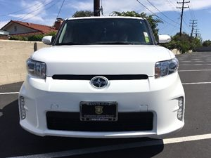 2015 Scion xB Base Carfax 1-Owner - No AccidentsDamage Reported  Super White  We are not resp
