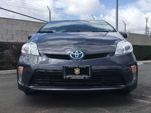 2015 Toyota Prius Two Carfax 1-Owner  Winter Gray Metallic  We are not responsible for typogra