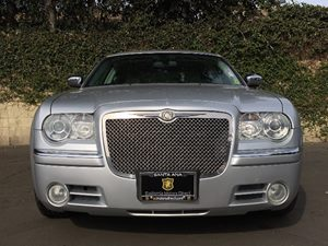 2005 Chrysler 300 C Carfax Report - No AccidentsDamage Reported  Bright Silver Metallic  We a