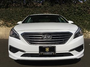 2016 Hyundai Sonata SE Carfax 1-Owner - No AccidentsDamage Reported  Quartz White Pearl  We a