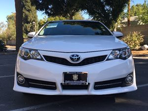 2014 Toyota Camry SE Carfax 1-Owner - No AccidentsDamage Reported  Super White  We are not re