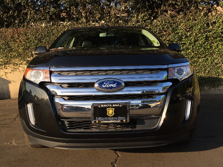 2014 Ford Edge Limited  Tuxedo Black Metallic All advertised prices exclude government fees and