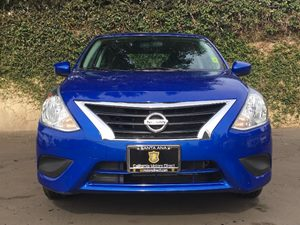 2015 Nissan Versa 16 SV Carfax 1-Owner  Blue  We are not responsible for typographical errors