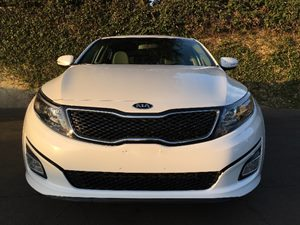 2015 Kia Optima LX Carfax 1-Owner - No AccidentsDamage Reported  Snow White Pearl  We are not