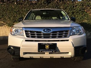2013 Subaru Forester 25X Carfax 1-Owner - No AccidentsDamage Reported  Satin White Pearl  We