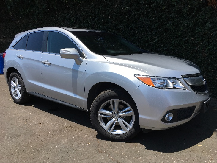 2015 Acura RDX wTech  Silver TAKE ADVANTAGE OF OUR PUBLIC WHOLESALE PRICING GOING ON RIGHT N