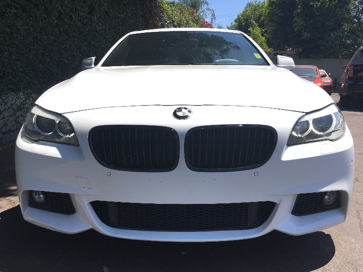 2013 BMW 5 Series 550i  Alpine White TAKE ADVANTAGE OF OUR PUBLIC WHOLESALE PRICING GOING ON