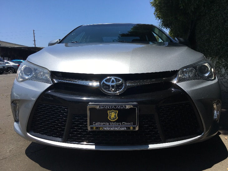 2015 Toyota Camry SE  Celestial Silver Metallic All advertised prices exclude government fees a