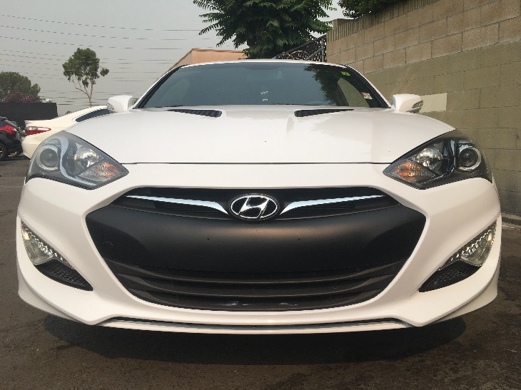 2015 Hyundai Genesis Coupe 38 Ultimate  Casablanca White All advertised prices exclude governm