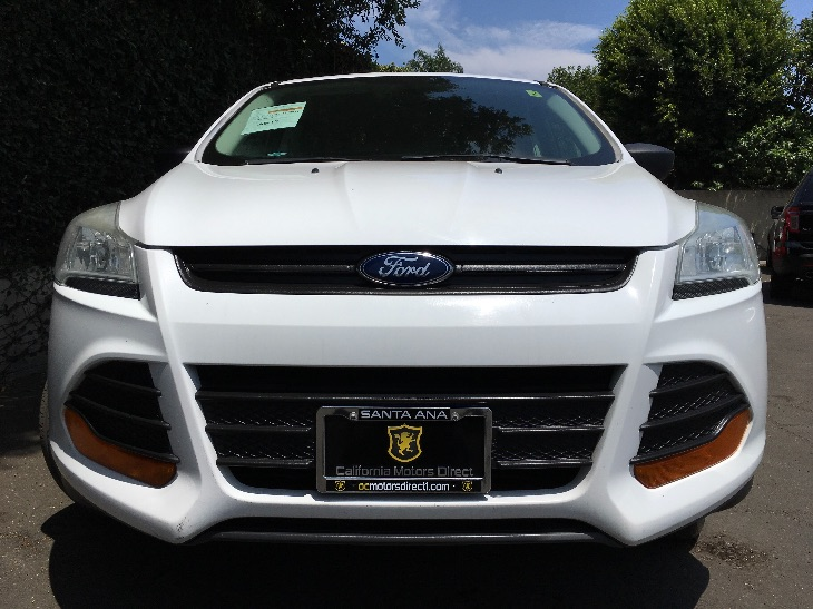 2013 Ford Escape S 25L I4 Duratec Engine Oxford White All advertised prices exclude government