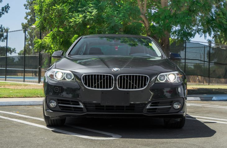 2015 BMW 5 Series 528i 4-Wheel Disc Brakes W4-Wheel Abs Front And Rear Vented Discs Brake Assis