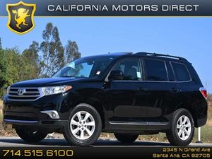 2012 Toyota Highlander  Carfax 1-Owner 17 7-Spoke Machined-Finish Aluminum Alloy Wheels Air Co