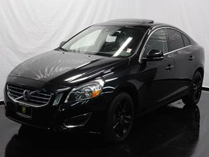2012 Volvo S60 T5 Carfax 1-Owner - No Accidents  Damage Reported to CARFAX  Black Sapphire Met