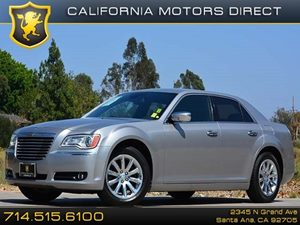 2011 Chrysler 300 300C Carfax 1-Owner - No Accidents  Damage Reported to CARFAX Air Conditioning