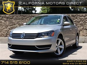 2012 Volkswagen Passat SE wSunroof Carfax 1-Owner Air Conditioning  AC Air Conditioning  Cli