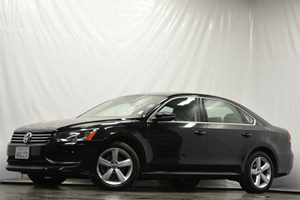 2012 Volkswagen Passat SE Carfax 1-Owner Air Conditioning  AC Air Conditioning  Climate Contr