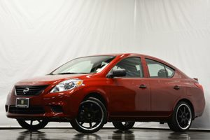 2014 Nissan Versa S Plus Carfax 1-Owner - No Accidents  Damage Reported to CARFAX Air Conditioni