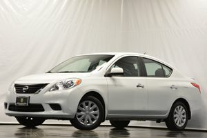 2013 Nissan Versa SV Carfax Report - No Accidents  Damage Reported to CARFAX Air Conditioning
