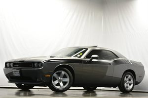 2011 Dodge Challenger RT Carfax Report - No Accidents  Damage Reported to CARFAX Air Conditioni