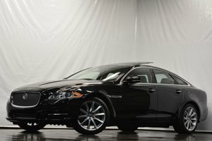 2013 Jaguar XJ  Carfax 1-Owner - No Accidents  Damage Reported to CARFAX Air Conditioning  AC