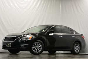 2013 Nissan Altima 25 S Carfax Report 16 X 70 Steel Wheels WFull Wheel Covers Air Conditi