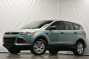 2013 Ford Escape S Carfax 1-Owner  Tuxedo Black CLEAN TITLE  18347 Per Month - On Approve