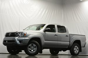 2014 Toyota Tacoma PreRunner Carfax Report Air Conditioning  AC Analog Display Audio  Auxili
