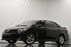 2013 Toyota Corolla L Carfax 1-Owner - No Accidents  Damage Reported to CARFAX Air Conditioning