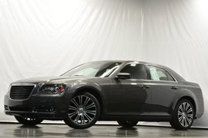 2013 Chrysler 300 S Carfax 1-Owner - No Accidents  Damage Reported to CARFAX Air Conditioning