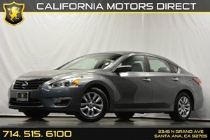 2014 Nissan Altima 25 S Carfax 1-Owner - No Accidents  Damage Reported to CARFAX 4-Wheel Disc B