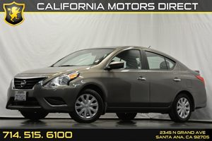 2015 Nissan Versa SV Carfax 1-Owner - No Accidents  Damage Reported to CARFAX Audio  Auxiliary