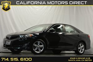 2013 Toyota Camry SE Carfax 1-Owner - No Accidents  Damage Reported to CARFAX 4-Wheel Anti-Lock