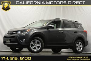 2013 Toyota RAV4 XLE Carfax 1-Owner - No Accidents  Damage Reported to CARFAX 6-Speed Automatic