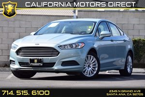 2014 Ford Fusion SE Hybrid Carfax 1-Owner - No Accidents  Damage Reported to CARFAX Audio  Auxi