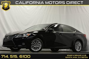 2014 Lexus ES 350  Carfax 1-Owner Analog Display Audio  Auxiliary Audio Input Bucket Front Sea