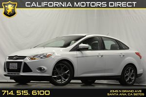 2014 Ford Focus SE Carfax 1-Owner Analog Display Audio  Auxiliary Audio Input Cloth Door Trim