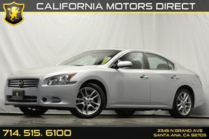 2014 Nissan Maxima 35 S Carfax 1-Owner - No Accidents  Damage Reported to CARFAX Analog Display