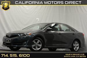 2013 Toyota Camry SE Carfax 1-Owner - No Accidents  Damage Reported to CARFAX 6 Bottle Holders