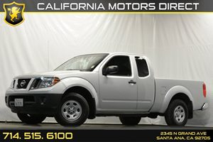 2013 Nissan Frontier S Carfax 1-Owner Cargo Lamp Chrome Front Grille Chrome Rear Bumper Displa