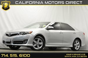 2014 Toyota Camry SE Carfax 1-Owner Air Conditioning  AC Analog Display Audio  Auxiliary Aud