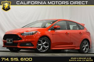 2015 Ford Focus ST Carfax 1-Owner - No Accidents  Damage Reported to CARFAX Audio  Auxiliary Au