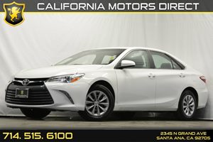 2015 Toyota Camry LE Carfax 1-Owner - No Accidents  Damage Reported to CARFAX Analog Display Au